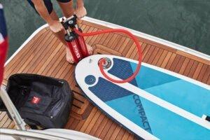 Opblaasbaar SUP-Board klaar maken voor gebruik
